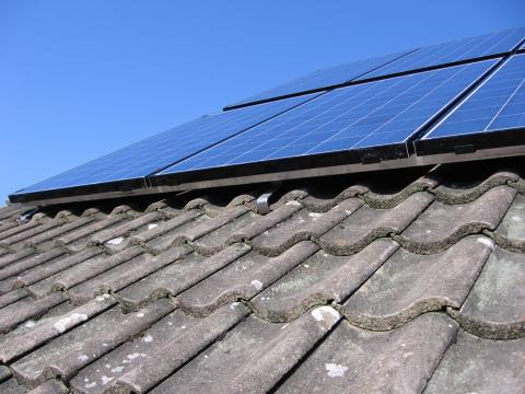 Circular systems installs batteries in Devon for solar pv systems